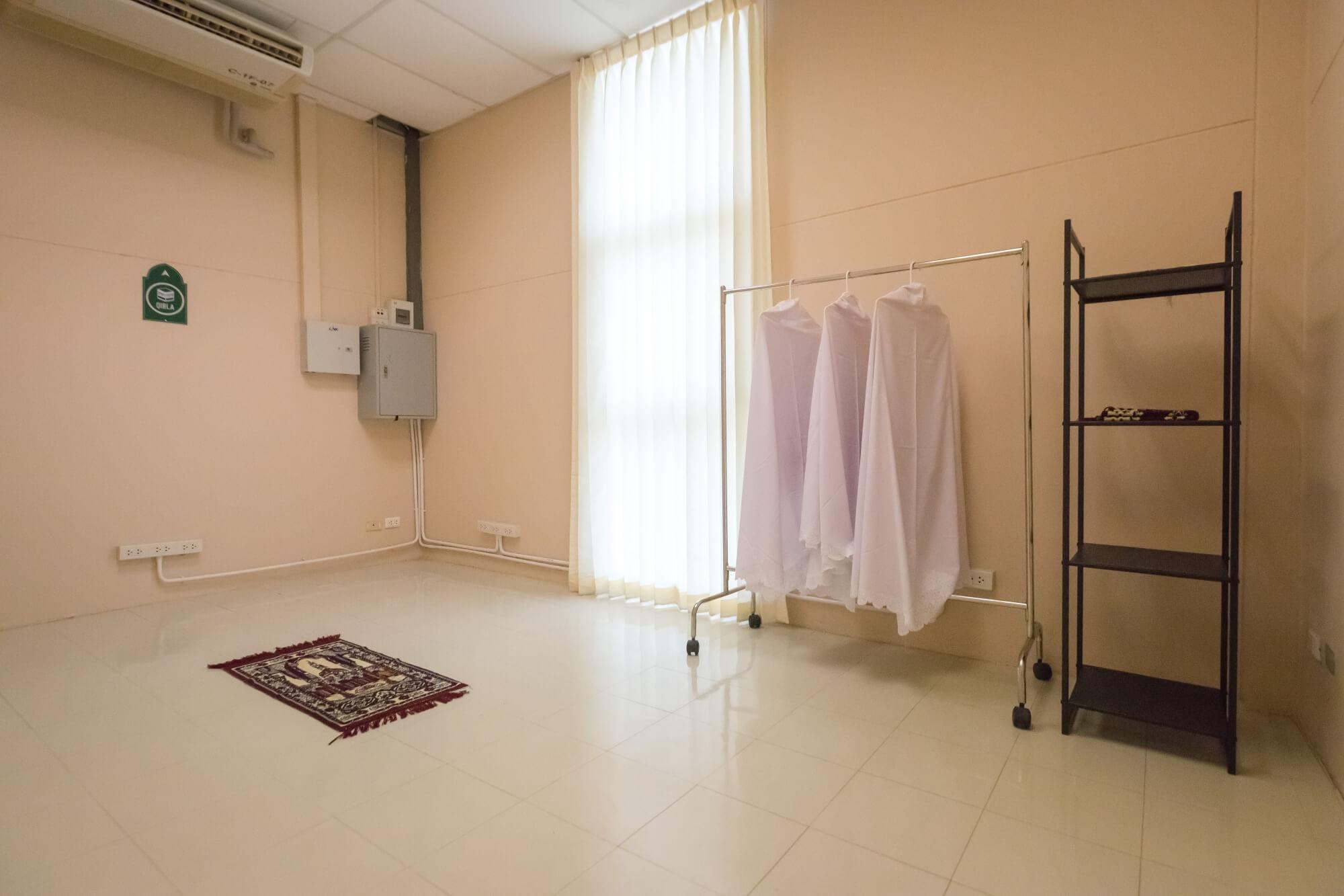 Prayer room 2 ICC HATYAI ศูนย์ประชุมนานาชาติฉลองสิริราชสมบัติครบ ๖๐ ปี